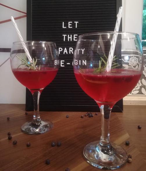 Ledeni gin & tonik od borovnica