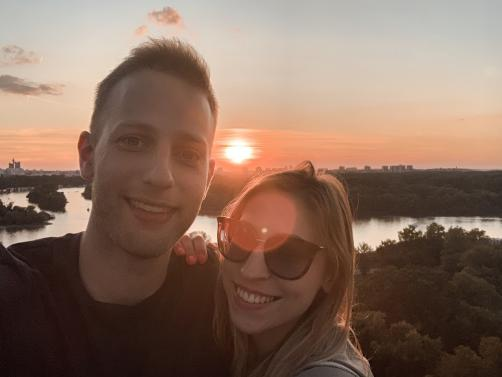 Vlog 001: Presenečenje v Beogradu I Vesela popotnika