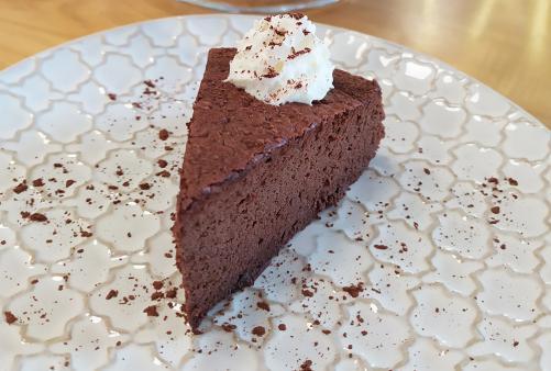 Čokoladna torta iz 3 sestavin