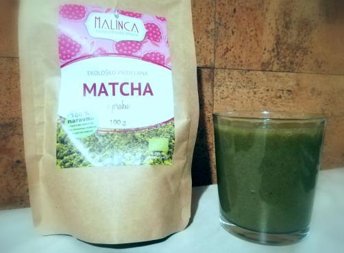 Matcha detox smoothie