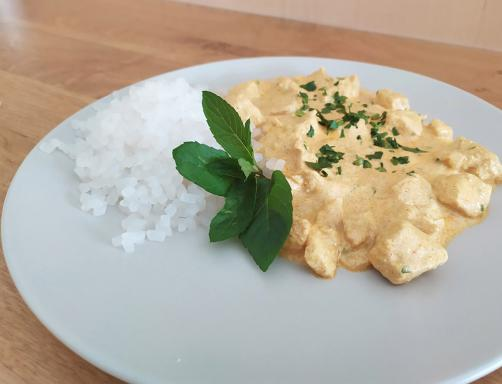 Hähnchen Curry mit Reis ohne Kohlenhydrate