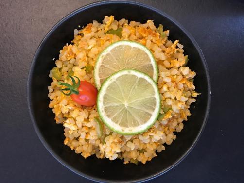 Stir Fry mit Reis ohne Kohlenhydrate