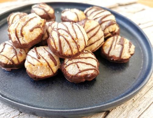 Kokosplätzchen mit Schokolade