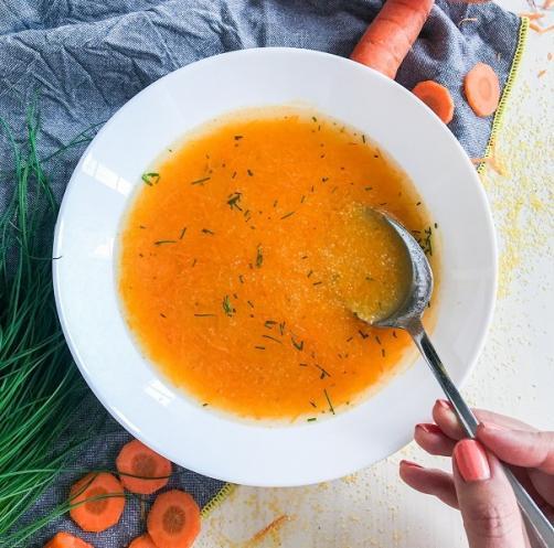 Karottensuppe mit Polenta