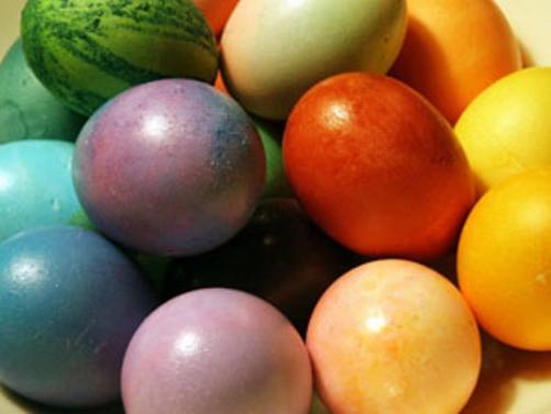 Kako na prirodan način obojiti jaja