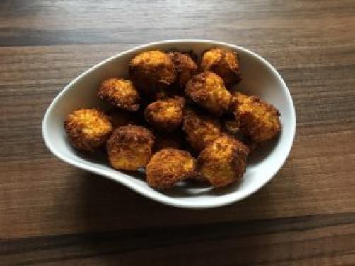 ZA PSIĆE: Slatkiš s kokosom i mrkvom