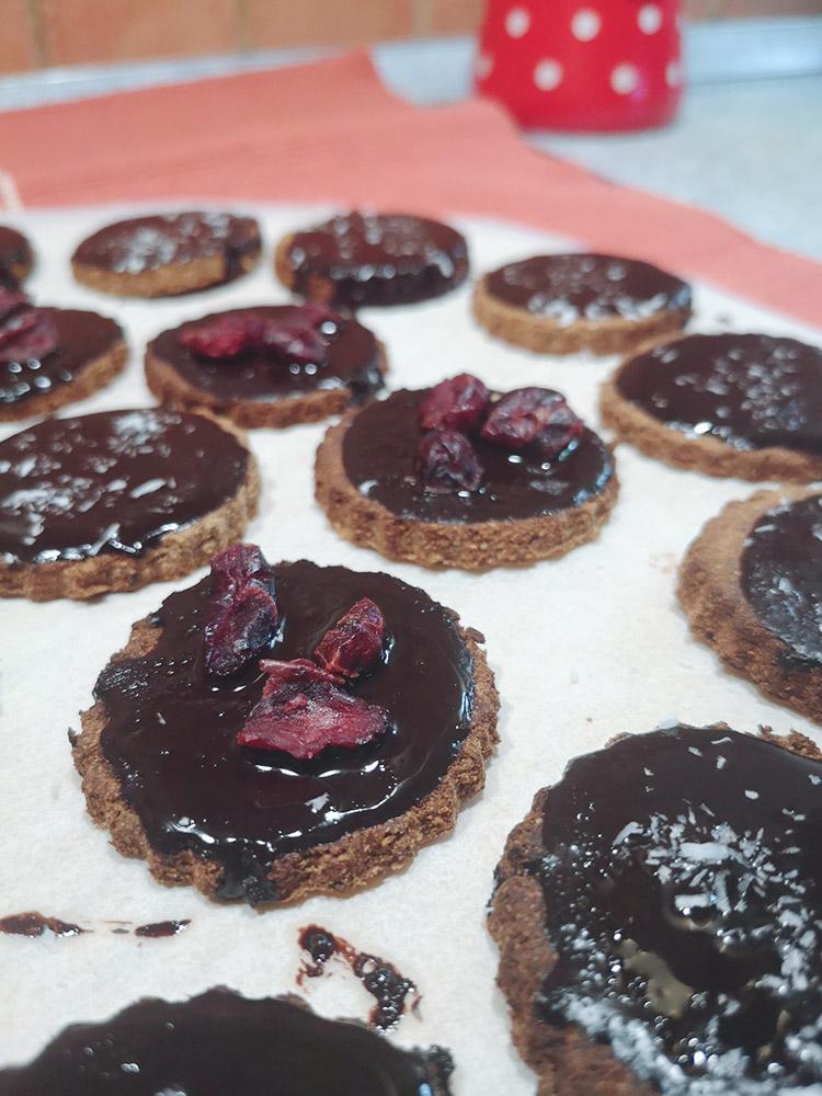 Rožičevi piškoti (brez glutena, brez sladkorja)