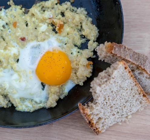 Pečena jajčka s kvinojo