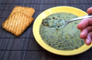 Green-lentils-soup-spoon