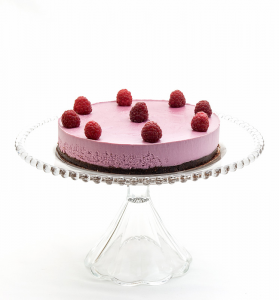 Raw-raspberry-cake