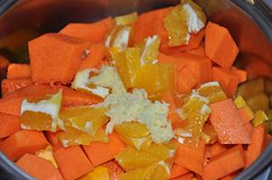 Bučno pomarančna pita za noč čarovnic0