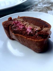 Čokoladna torta z malinami300x225
